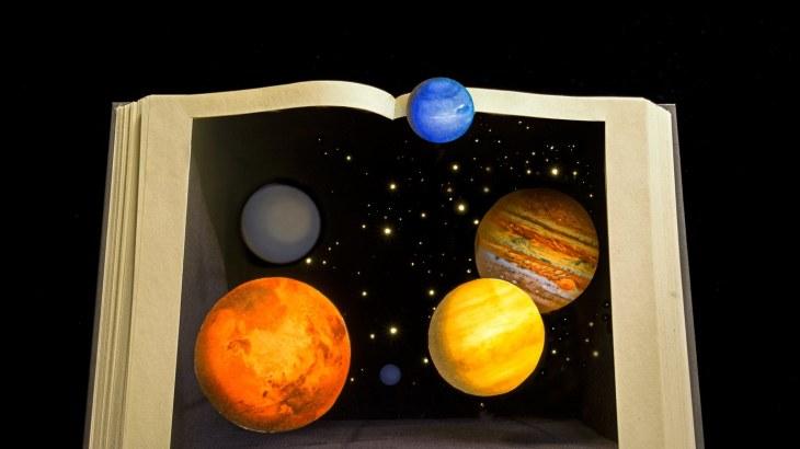 space-600x338-e14762377116751